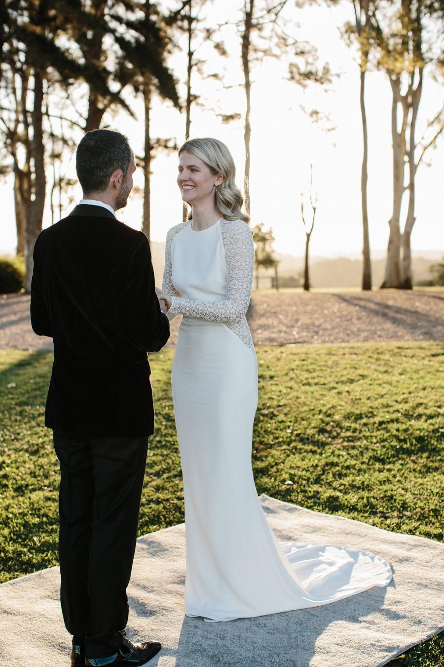 Bride and groom / Elope / Micro Wedding / Byron