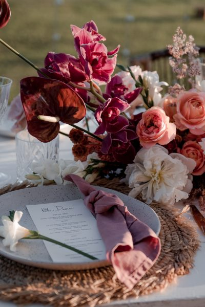 Reception table set up with flowers / Elopement photography