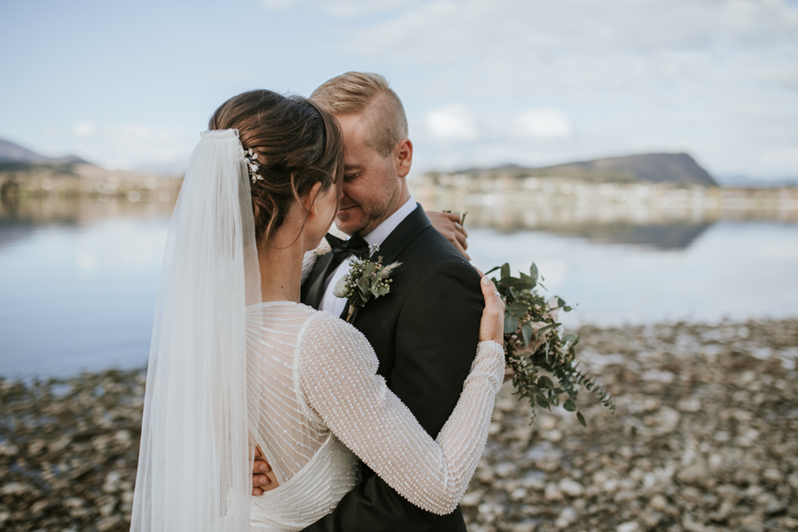 Bride and groom - Wedding photography Edgewater - New Zealand